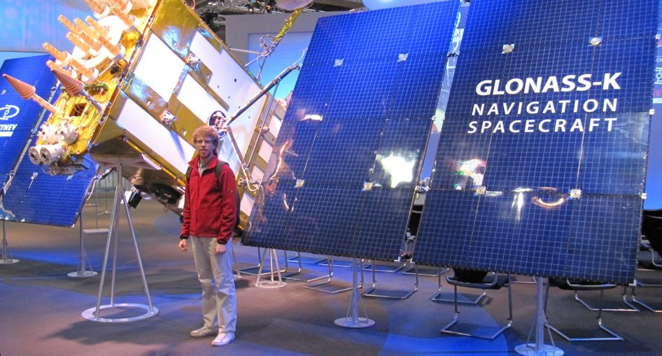 Leon with GLONASS navigation satellite.