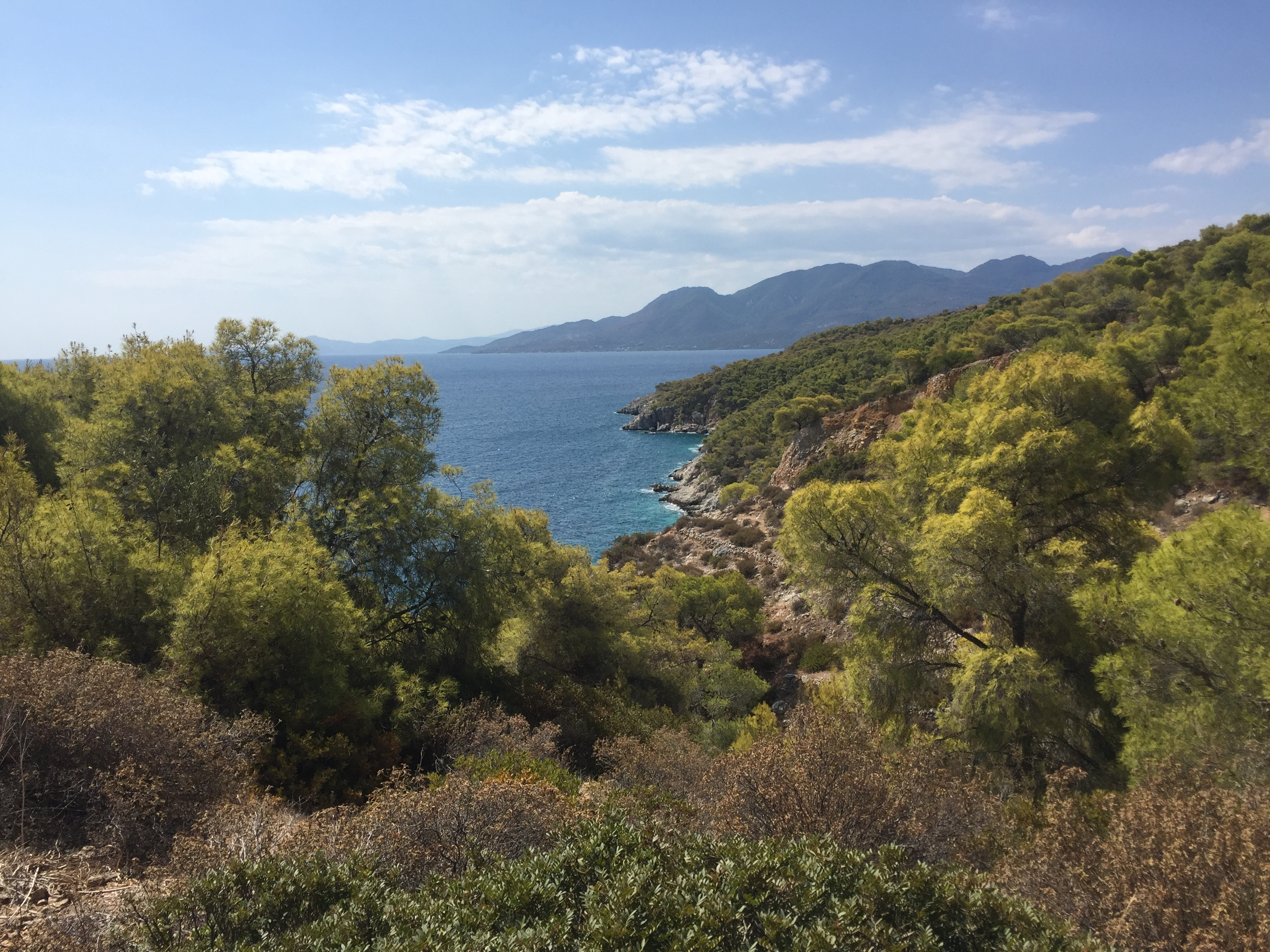 Random View in Greece. Get used to it, because it's that beautiful everywhere here.