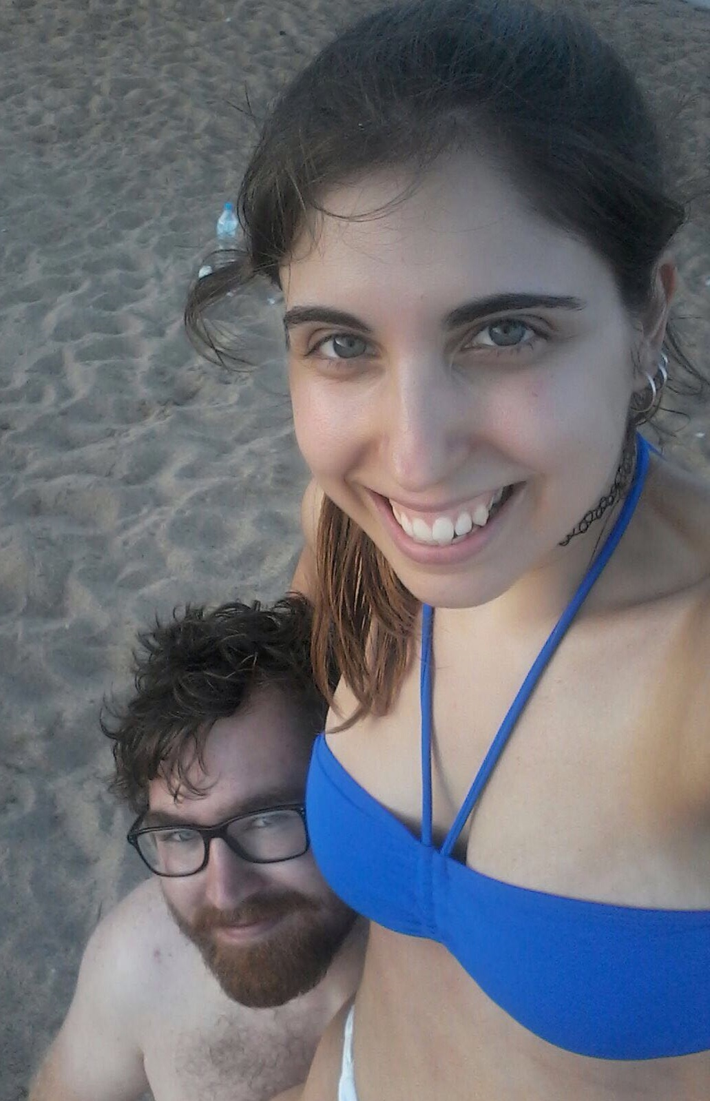 Aleksander and his girlfriend Marta at the beach.